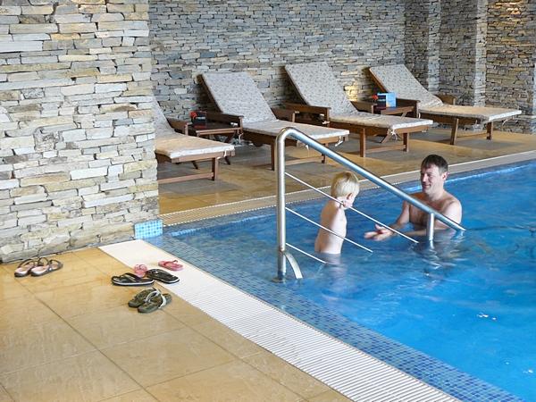 delyan-pool1