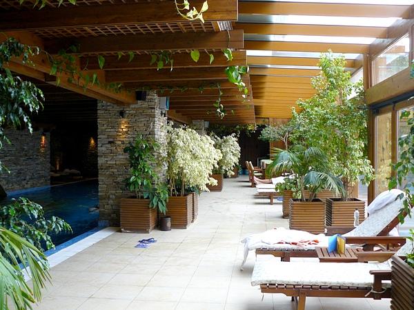 pool-seats